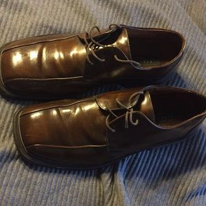 Kenneth Cole Reaction Brown Oxford